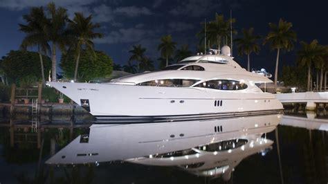 jacht mieten yacht mieten f 252 r einen luxusurlaub platinumviptravel