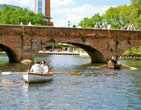 row your boat fish and chips boat hire rowing boats motor boats stratford upon avon