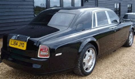 celebrity pictures photo agency rolls royce and bentley luxury cars photos