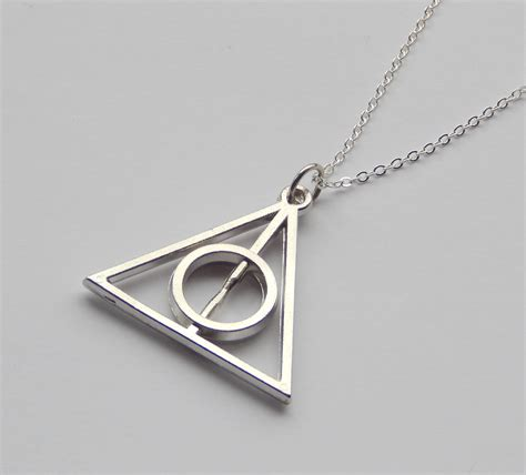 Deathly Hallow Necklaceharry Potterkalungperhiasan deathly hallows necklace sprinkle of silver tictail
