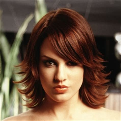 layered flip hairstyles pictures of medium length layered flipped out haircuts