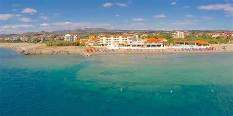 hotel il gabbiano cirò marina hotel residence il gabbiano ciro marina crotone calabria