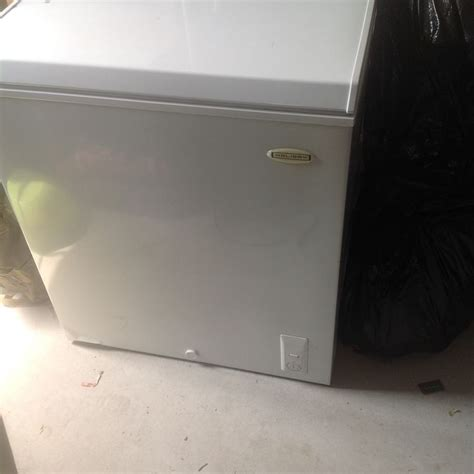 Chest Freezer In Garage by 1000 Images About Garage Sale Major Appliances On