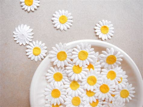 How To Make Paper Daisies - mulberry paper flowers embellishments for card