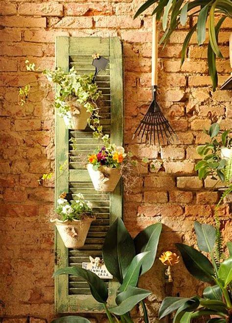 Garden Wall Ornaments Inspiring Garden Fence Decor Ideas For Your Garden