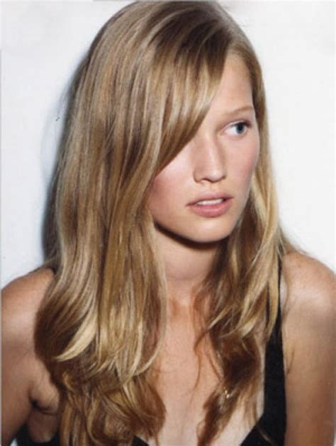 caramel and platinum hair color blonde trend be buttery highlights platinum streaks
