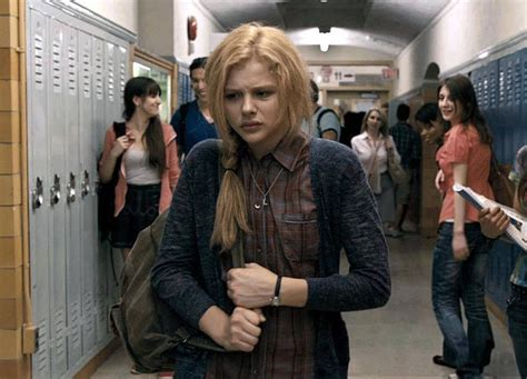 film terbaru chloe moretz chloe grace moretz carrie remake still enter the
