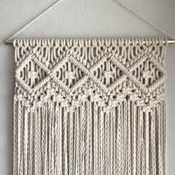 How To Do A Macrame Knot - best 25 how to macrame ideas on macrame