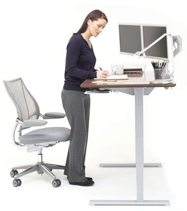 sgabelli ergonomici stokke sedie ergonomiche e sgabelli ergonomici vi