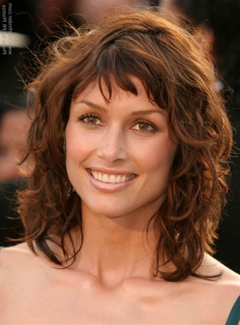 the hairstyles of medium length hairstyles for curly hair