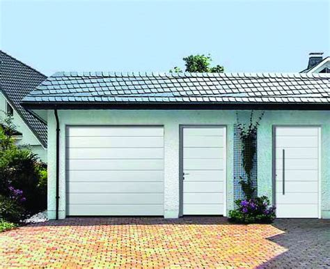 Porte Garage Sectionnelle 934 by Europro