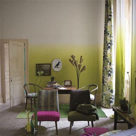 wohnzimmer zweifarbig wandgestaltung im wohnzimmer 85 ideen und beispiele