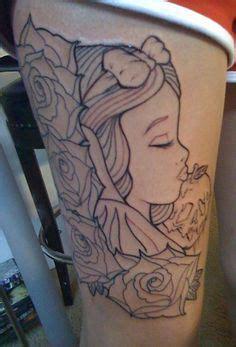 snow white tattoo love how the apple is snow white ideas on snow white tattoos