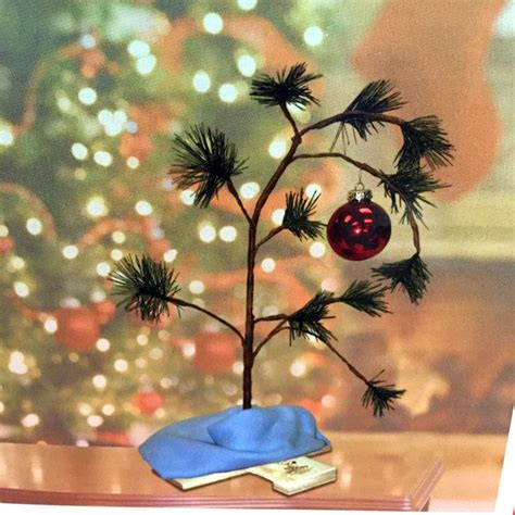 charlie brown christmas tree 24 quot peanuts linus snoopy lucy