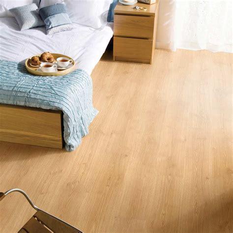 piso vinilico autoadhesivo piso vin 237 lico autoadhesivo lamipak teca 1 6 mm 2m2 promart