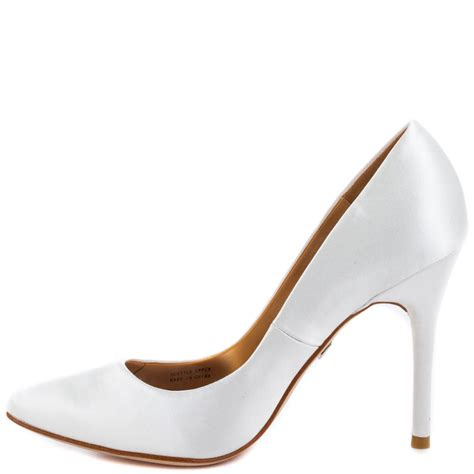 badgley mischka vision ii white satin shoes for aemow