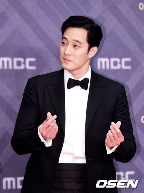 so ji sub event 2019 so ji sub wins big at the 2019 mbc drama awards