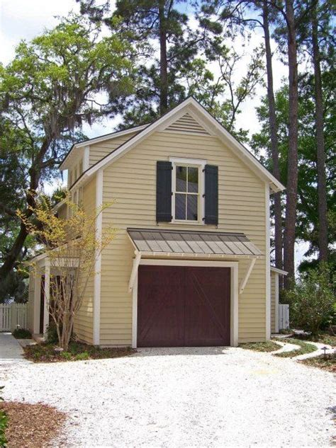 Carriage House Apartment Plans by 25 Best Ideas About Garage Plans With Apartment On