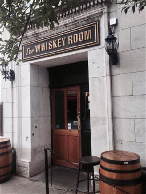 the s room burlington whiskey room burlington restaurant reviews phone number photos tripadvisor