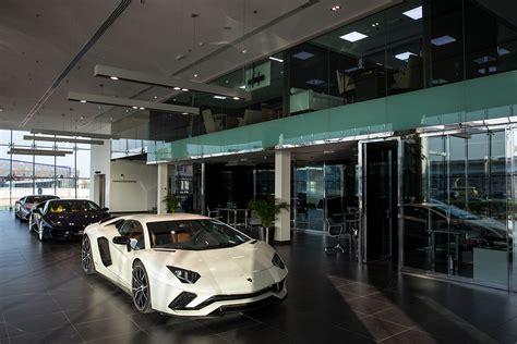 Showroom Lamborghini Lamborghini Dubai Showroom Aventador S Autobics