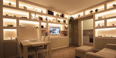 parete libreria cartongesso arredare il soggiorno con librerie in cartongesso