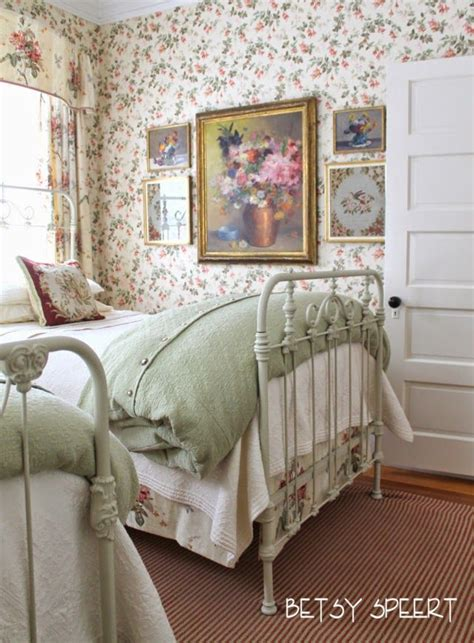 country cottage bedroom 25 best ideas about english cottage bedrooms on pinterest