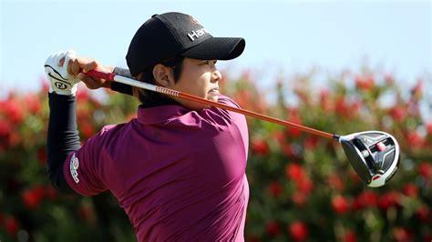 swinging skirts golf leaderboard haru nomura has 3 shot lead after swinging skirts lpga