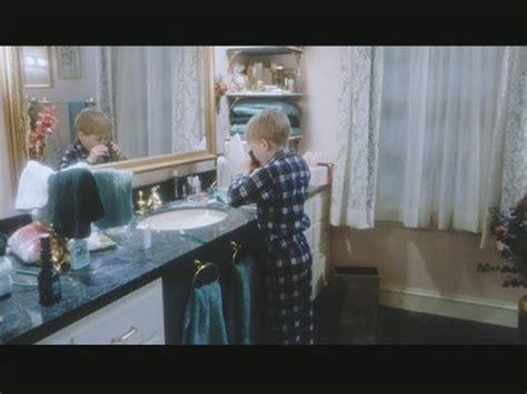 home alone bathroom song sale a la venta la casa de la pelicula quot solo en casa