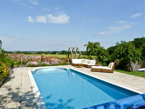 Isle Of Wight Cottage With Pool how to make the most of your cottage grounds sykes