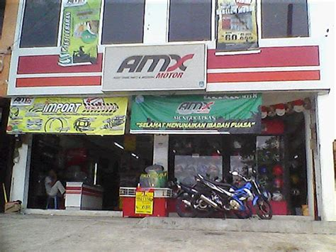 domino pizza pondok gede amx motor jatiwaringin indonesia