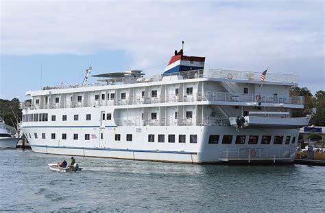 boat crash wrightsville beach cruise ships bring beach business lumina news