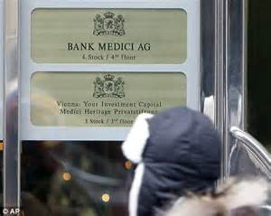 bank medici king con stole our lives widow tells how she fell