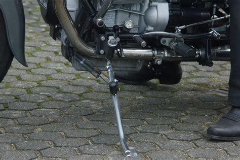 Motorrad Auf Seitenst Nder Starten by Moto Guzzi Hempels Kleine Welt