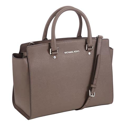 Kors Selma lyst michael michael kors selma leather satchel bag in brown