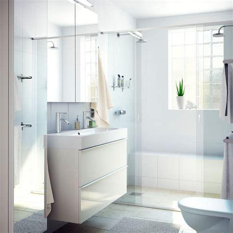 ikea badezimmer schublade ein badezimmer mit godmorgon waschbeckenschrank mit 2