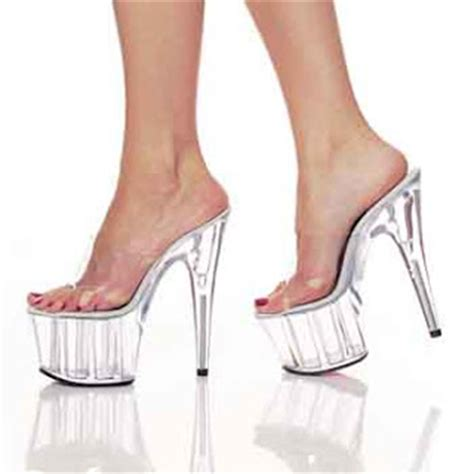 Heels At11 nail style on high heels shoes