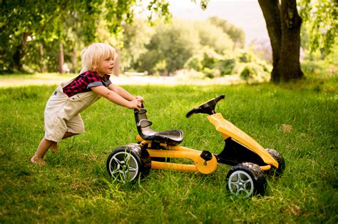 Backyard Toys And More by 10 Outdoor Toys That Strengthen Motor Planning