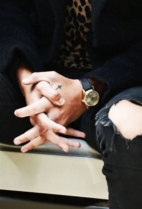 harry styles tattoo on his hand 383 best images about on pinterest triangle tattoos ink