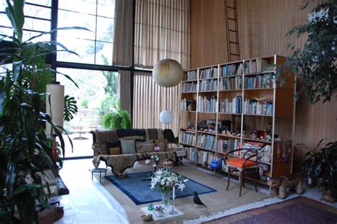 charles and ray eames house the charles and ray eames house conserving an icon exhibiting a living room