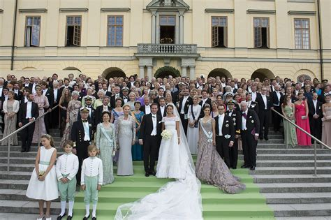 Hochzeit Schweden by Swedish Royal Family Releases Images Of Adorable