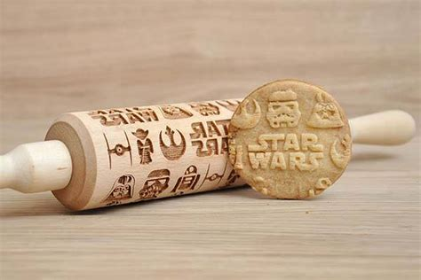 Handmade Rolling Pin - handmade wars pattern engraved rolling pin gadgetsin