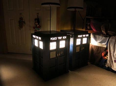 build   tardis bedside table  built  lamp