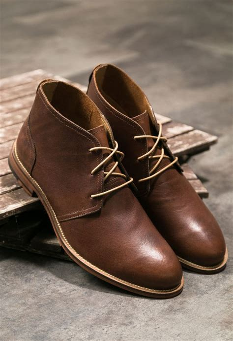 Reyl Chuka Boots Sepatu Pria Brown cowok keren wajib kenal 11 model sepatu pria ini