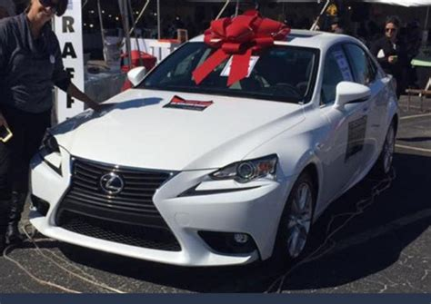 white lexus is 250 2017 2017 lexus is250 or 25 000