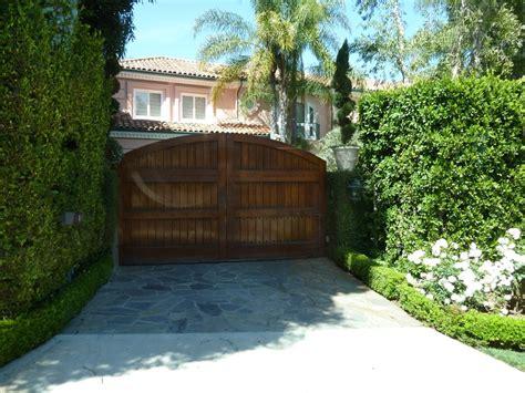 christina s house and christina s house christina aguilera s house photo