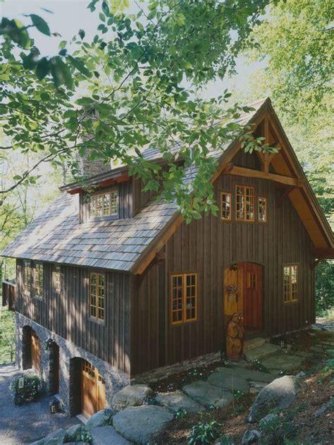 lake guest house  grade garage love cabins