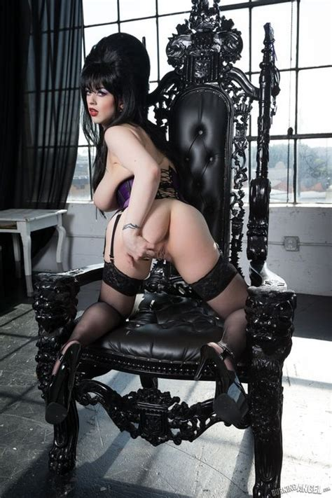 Larkin Love As Elvira From Behind Mistress Of The Dark Larkin Love Adult Pictures Pictures