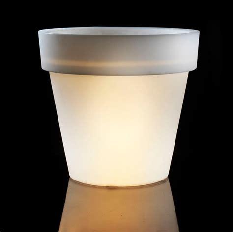 vaso luminoso da esterno vasi luminosi alti per esterno standard one in offerta