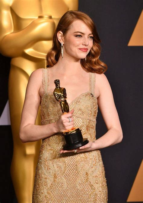 emma stone movies 2017 emma stone received oscar award 2017 photos