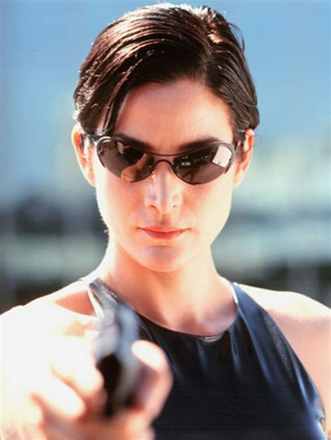 the matrix haircut short hairstyles and cuts carrie anne moss matrix short